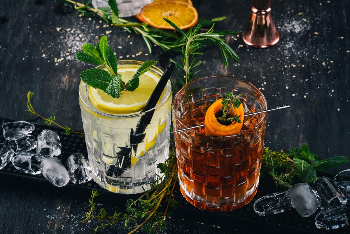 cocktail-elopement-port-douglas